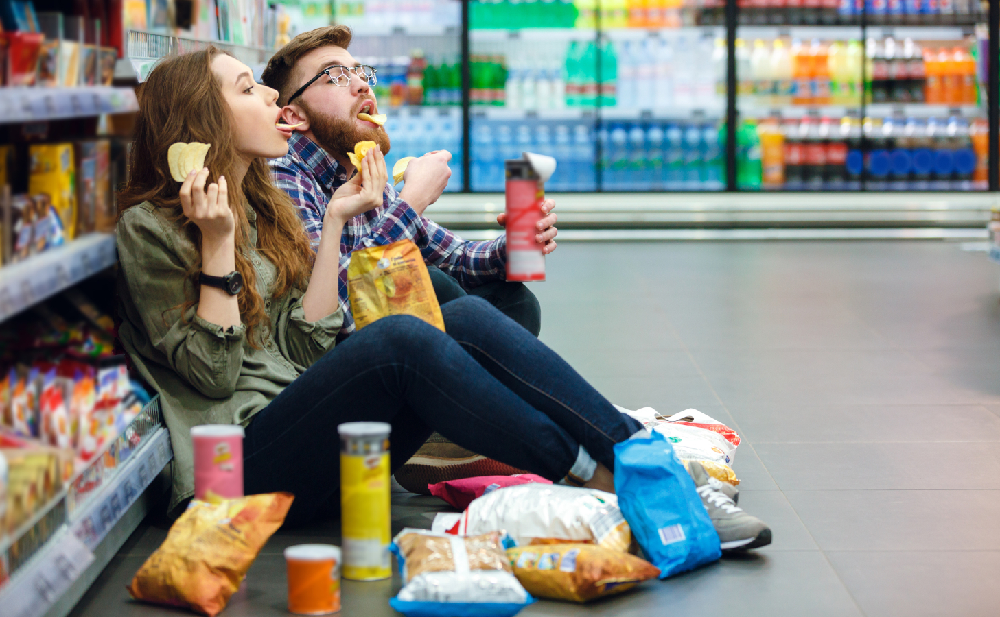 Consumer-snacking-AdobeStock_143889007-72dpi.jpeg