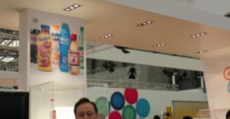 Husky unveils closure molding concept in Shanghai
